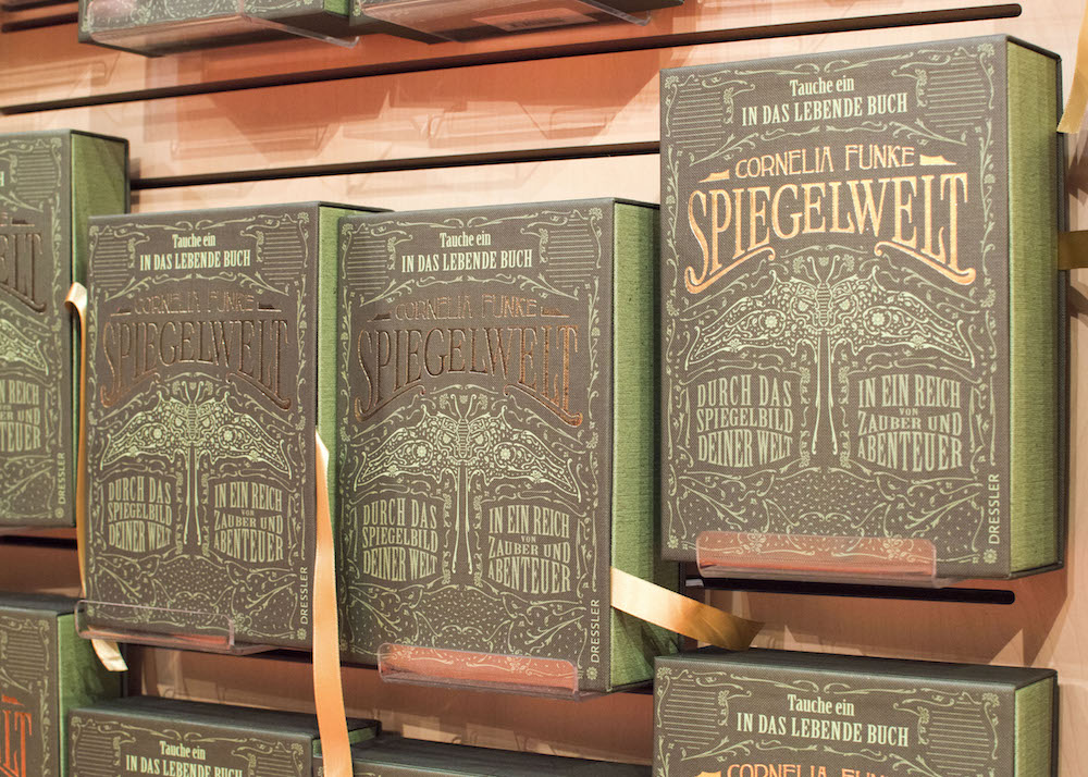 Frankfurt Book Fair 2015: Beautifully packaged Spiegelwelt by Cornelia Funke