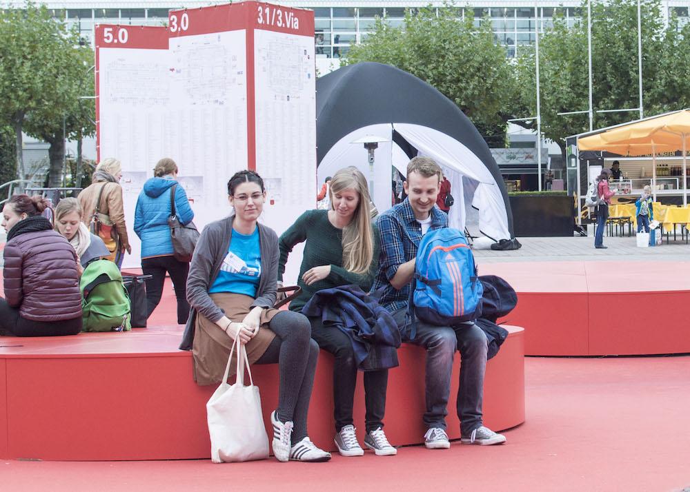 Frankfurt Book Fair 2015: Celebrating Crini's birthday outdoors